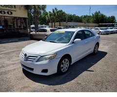 2010 Toyota Camry LE #543631