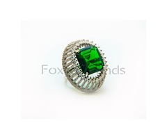 Stylish Sterling Silver Green Stone Ring