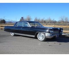 Cadillac: Fleetwood 4-door