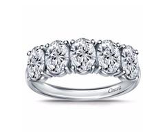 Oval Diamond Wedding Ring in Platinum