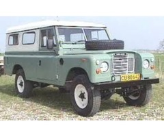 classic 1973 land rover waggon