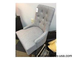 Light grey accent chair