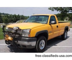 2003 Chevrolet 2500 HD Diesel 4WD Pickup w/7.5ft Meyer