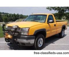 2003 Chevrolet 2500 HD Diesel 4WD Pickup w/7.5ft Meyer