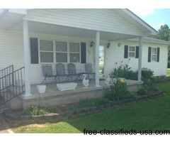 Nice 3 Bedroom Home on 2-1/2 lots