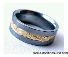 Men's ring ( Jewelry ) Size 8 Titanium with 18 karat gold inlay