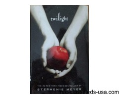 Twilight Saga - Book 1 - Twilight by Stephanie Meyer