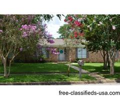 4/2 House near schools and coast guard base