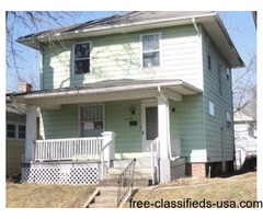 Investor's Special Deal! 3 BD 1 BA SFH, near South High School