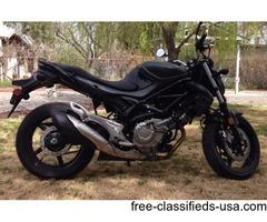 Suzuki Gladius Like New!