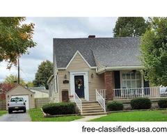 Charming 2b/1b Single Family Home