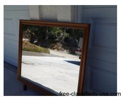 Framed Mirror/Bathroom sinks