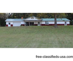 222 ACRE FARM with RIVER BOTTOM LAND, HUNTING, & LAKE