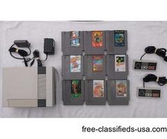 Nintendo Original with 2 Controllers, Light Zapper & 11 Good Games!