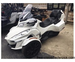 New 2016 Can-Am Spyder RT-S SE6 Motorcycle White