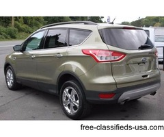 2014 Green Ford Escape SUV I4 AWD Turbocharger in Ravena!