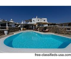 Charming Villas with Pool Overlooking Infinite Ocean
