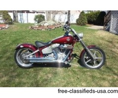 2008 Harley Rocker FXCW - Red Softail - Mint & Low Miles