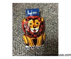 Vintage Lion Metal Clicker