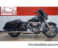 "2013 Harley Davidson Street Glide FLHXS With 4"" Exhaust"
