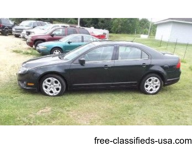 2010 ford fusion 110k miles good tires and a good history report cars gratiot wisconsin. Black Bedroom Furniture Sets. Home Design Ideas