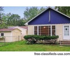 1 bedroom+ den, garage, shed, and large front yard