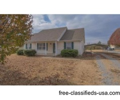 JUST LISTED! 3br 2ba on giant lot!