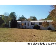 4BR 2B on 1.25 acres