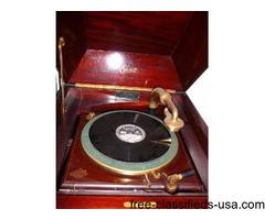 Antique EDISON DIAMOND DISC PHONOGRAPH