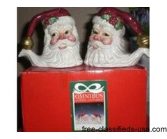 Holiday S&P shakers & serving plate