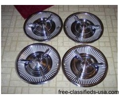 1957 Pontiac Bonneville Hubcaps | free-classifieds-usa.com
