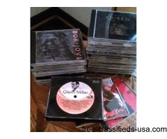 Nice selection of CDs (30) in good condition