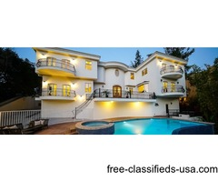 Single Family Home in Beverly Hills CA