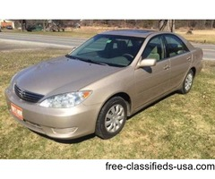 2005 Toyota Camry LE **JUST IN!** Extra clean! Local vehicle
