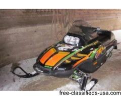 1999 artic cat snowmobile
