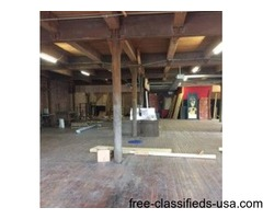 5,000sf in West Bottoms