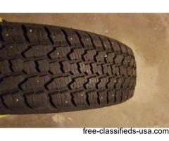 215 70 15 studded snow tires