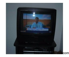 Quasar Color TV-VCR Combo - REDUCED PRICE $22