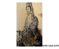 statue of Quan Yen