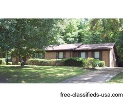 Home for Sale in Couintry Club S/D