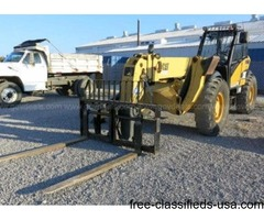 Telehandler, 2004 Caterpillar TH560B 4x4
