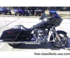 2016 Harley Davidson Road Glide - S . 1586 Miles, No Dealer fee's
