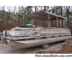 1992 Suncruiser 25ft with 60hp Johnson. No Trailer.