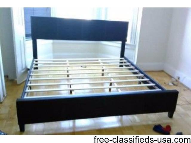 king size bed household items bridgeport connecticut announcement 50508. Black Bedroom Furniture Sets. Home Design Ideas