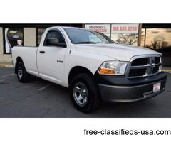2009 Dodge Ram Pickup 1500 4x4 SLT 2dr Regular Cab 8 ft. LB Pickup!