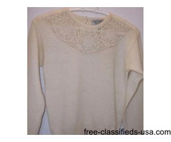 wool jumper with crochet inset. Size S petite