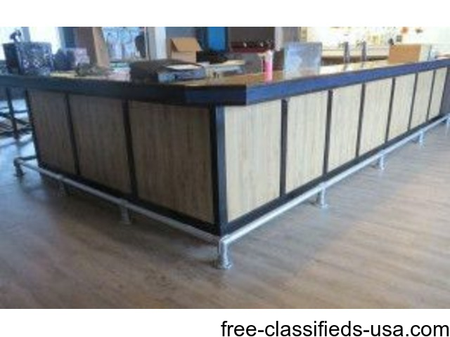 Entire restaurant - on line auction !