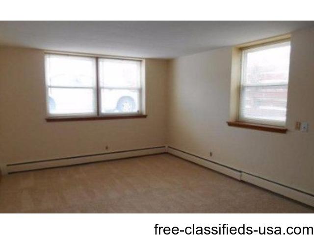 For Rent, 1br Aldrich Avenue Apartments