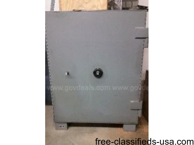 Safe was used in a Postal facility and is being sold
