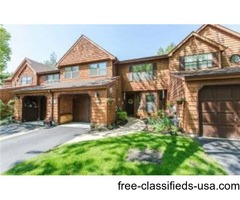 Beautifully Maintained & Updated Town Home
